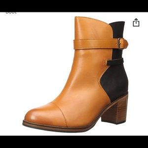 Wolverine Black/Tan booties